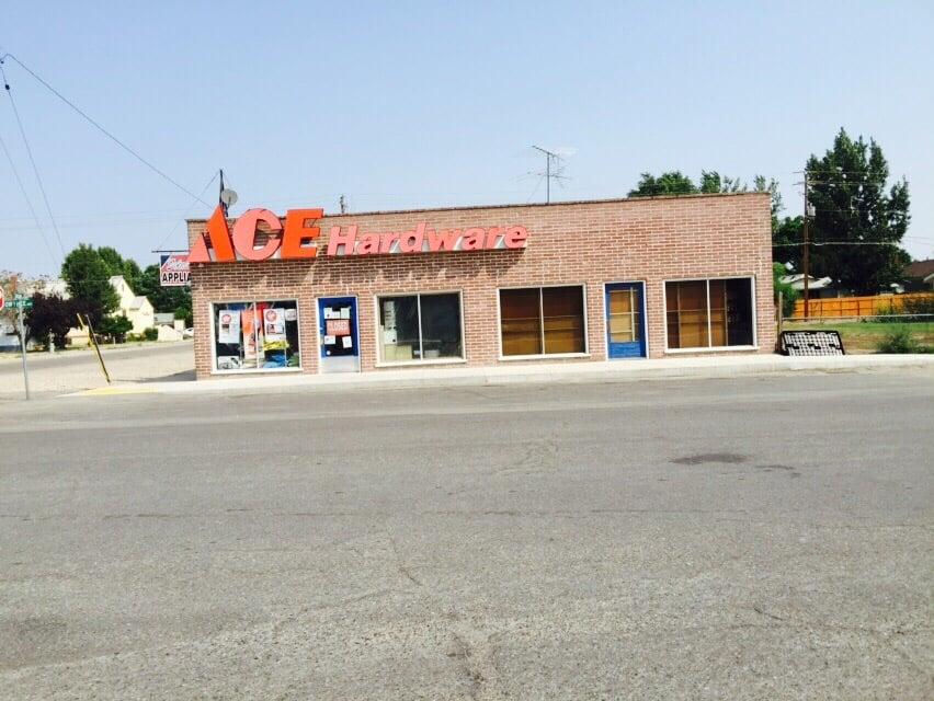 Tolmie's Ace Hardware: 1 East Owyhee Avenue, Homedale, ID