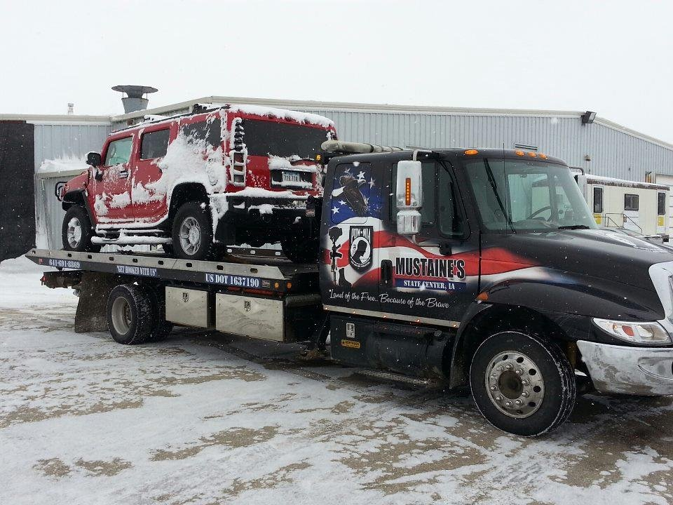 Mustaine's Towing & Recovery: 101 1st Ave N, State Center, IA