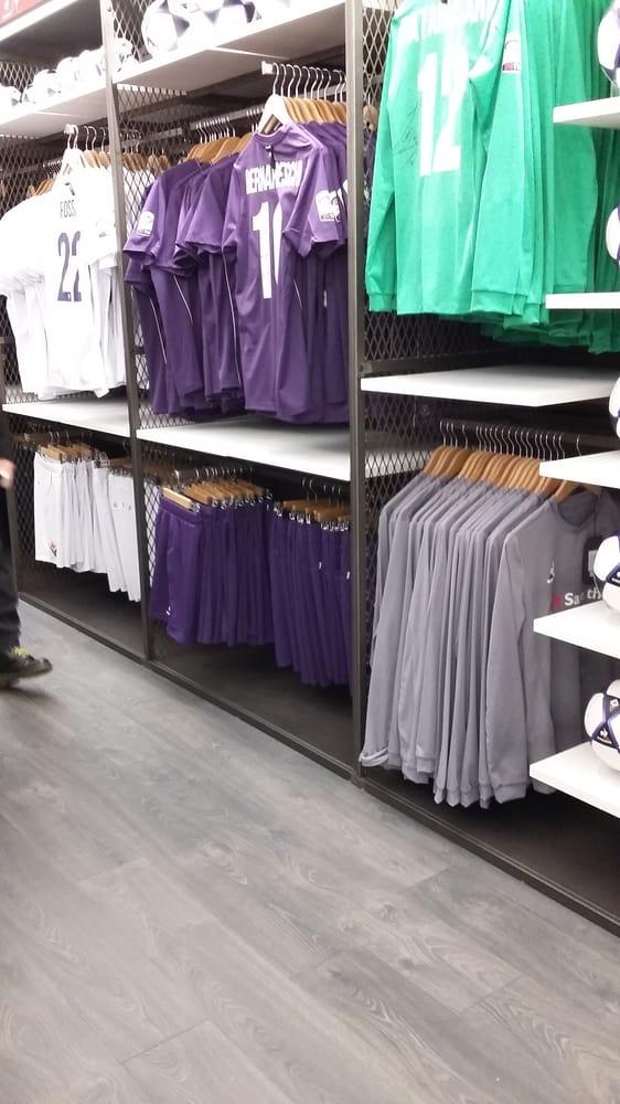 Fiorentina Store - 25 Photos - Sporting Goods - Borgo San Lorenzo ...