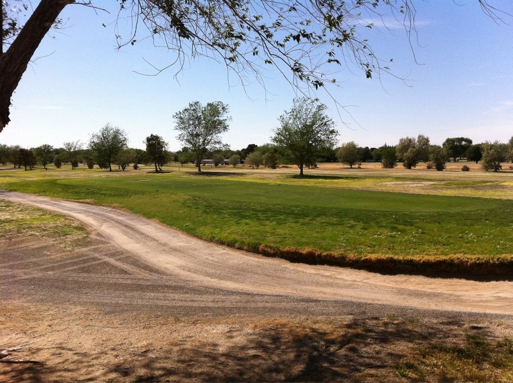 DOS Lagos Golf Club Local: 1150 Duffer Ln, Anthony, NM
