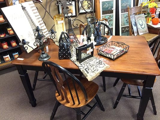 Design On A Dime 1982 Zumbehl Rd Saint Charles Mo Furniture Stores