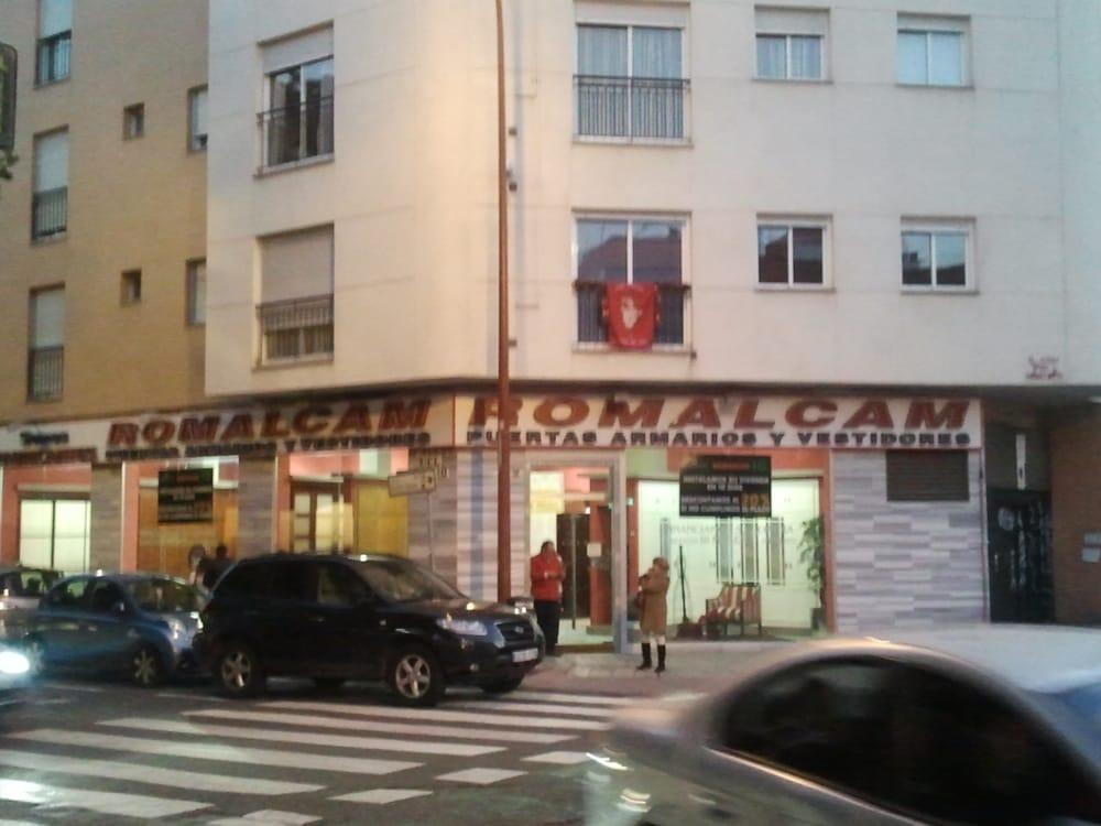 Romalcam tienda de muebles calle pag s del corro 2 for Telefono registro bienes muebles madrid