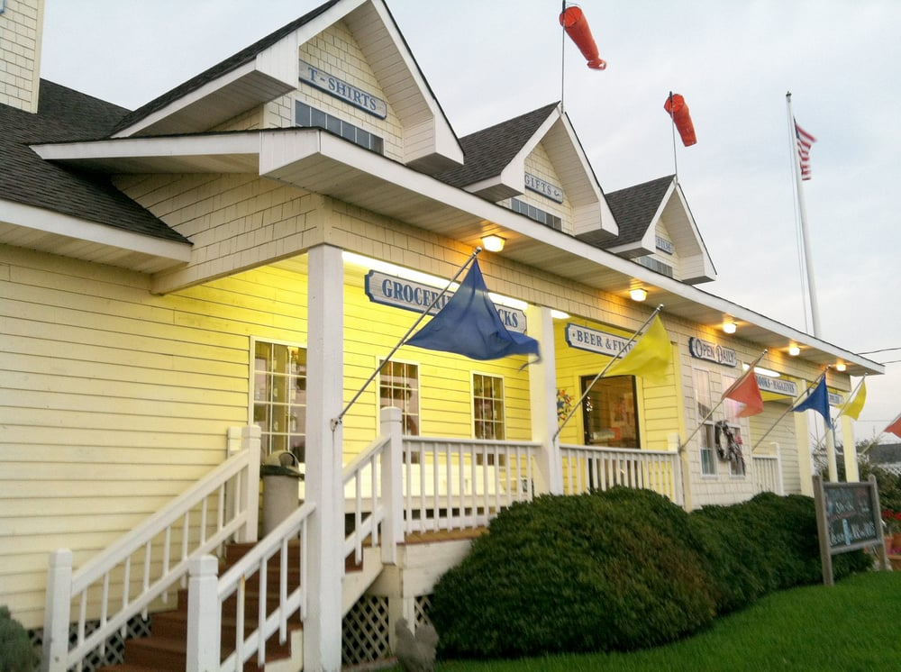 Lee Robinson's General Store: 58372 Nc 12 Hwy, Hatteras, NC