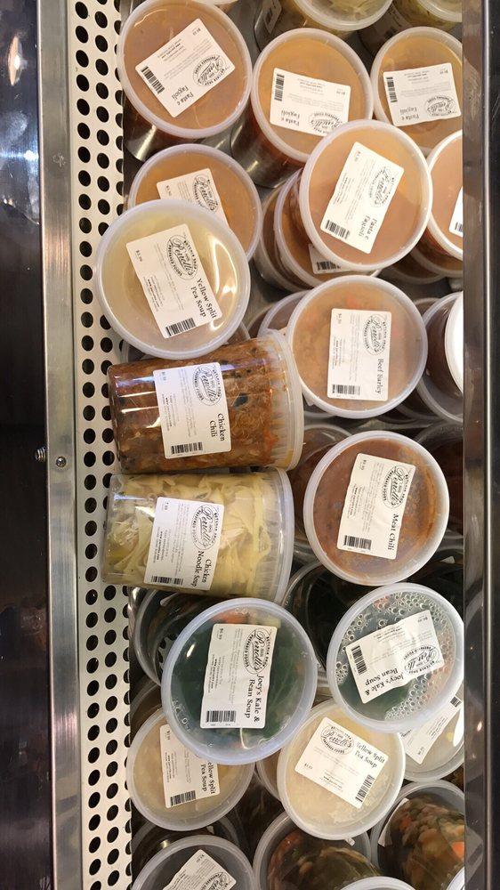 M&M Perrotti's Prepared Foods: 27 US Hwy 202, Far Hills, NJ