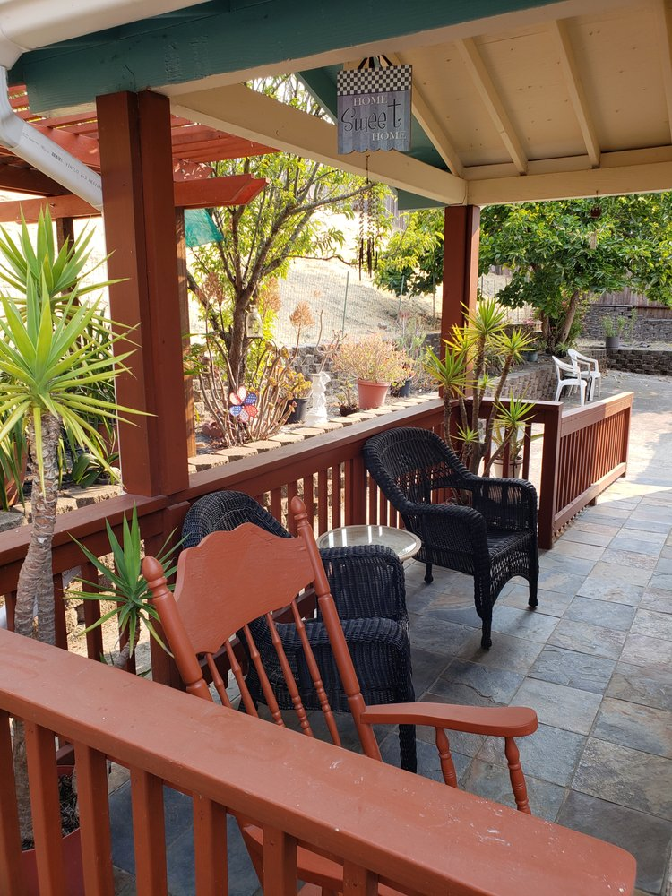 Home Sweet Home Assisted Living: 295 Sparrow Dr, Hercules, CA