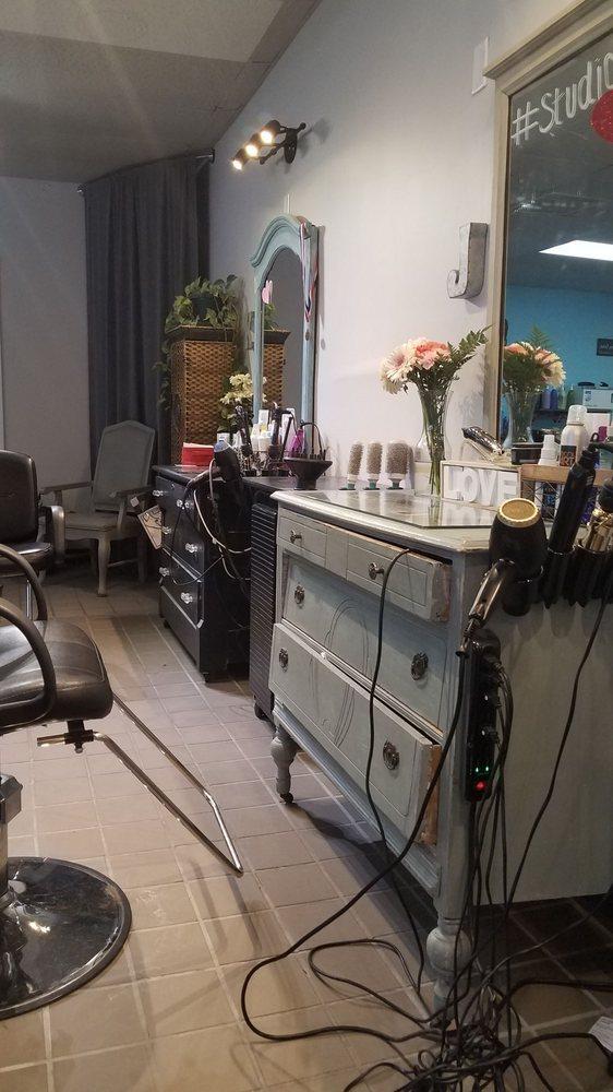 Studio V - Hair & Nails: 522 Pine St, Spring Lake, MI