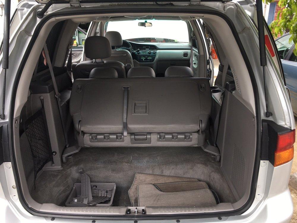 Demis Mobile Auto Detail Services: Thousand Oaks, CA