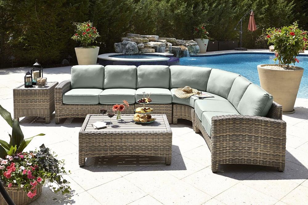 Fred's Beds & Furniture: 201 Us Hwy 1, Big Coppitt Key, FL