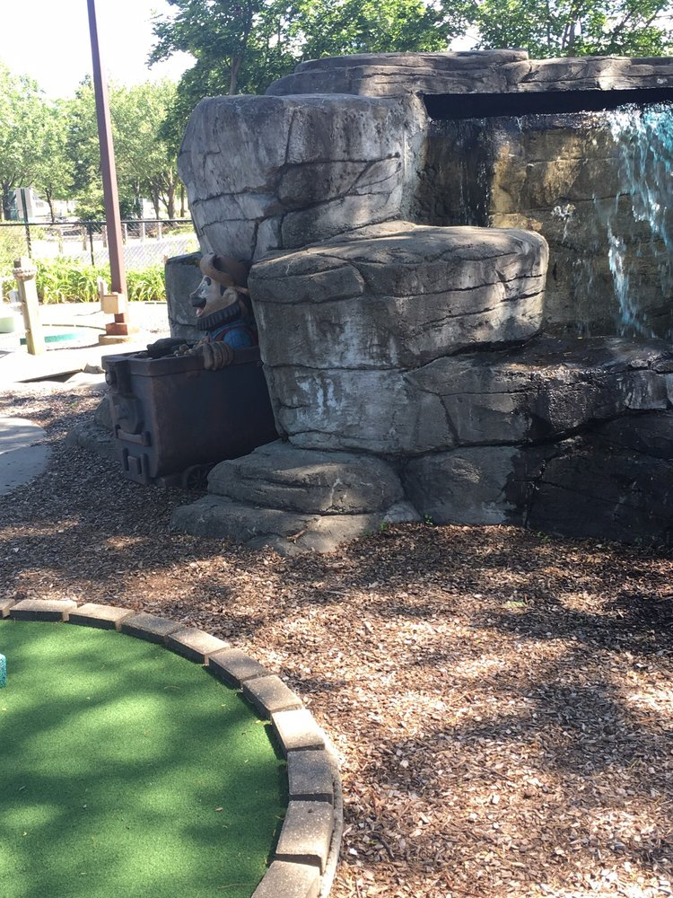 chicago mini golf gift cards illinois giftly giftly
