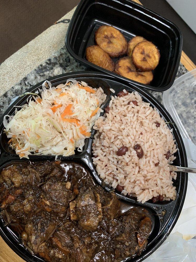 Food from Caribbean Jerk Cuisine