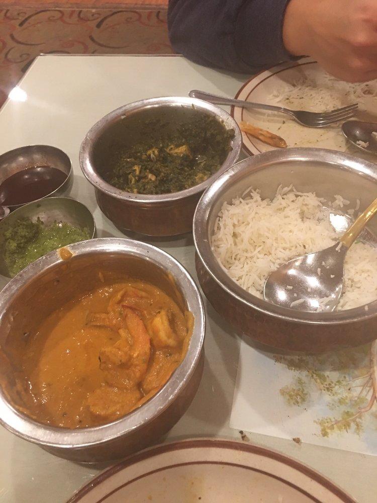 Maharaja Indian Restaurant: 466 Storrs Rd, Mansfield Center, CT