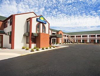Days Inn by Wyndham Wichita West Near Airport: 550 South Florence/I-235, Wichita, KS
