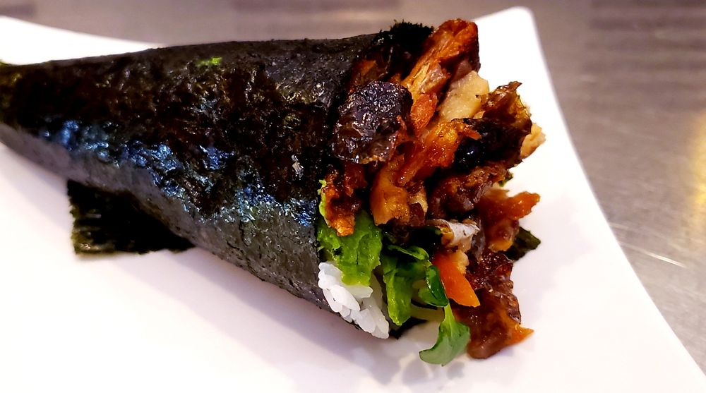 Sayaka Japanese Restaurant: 1060 S Mount Vernon Ave, Colton, CA
