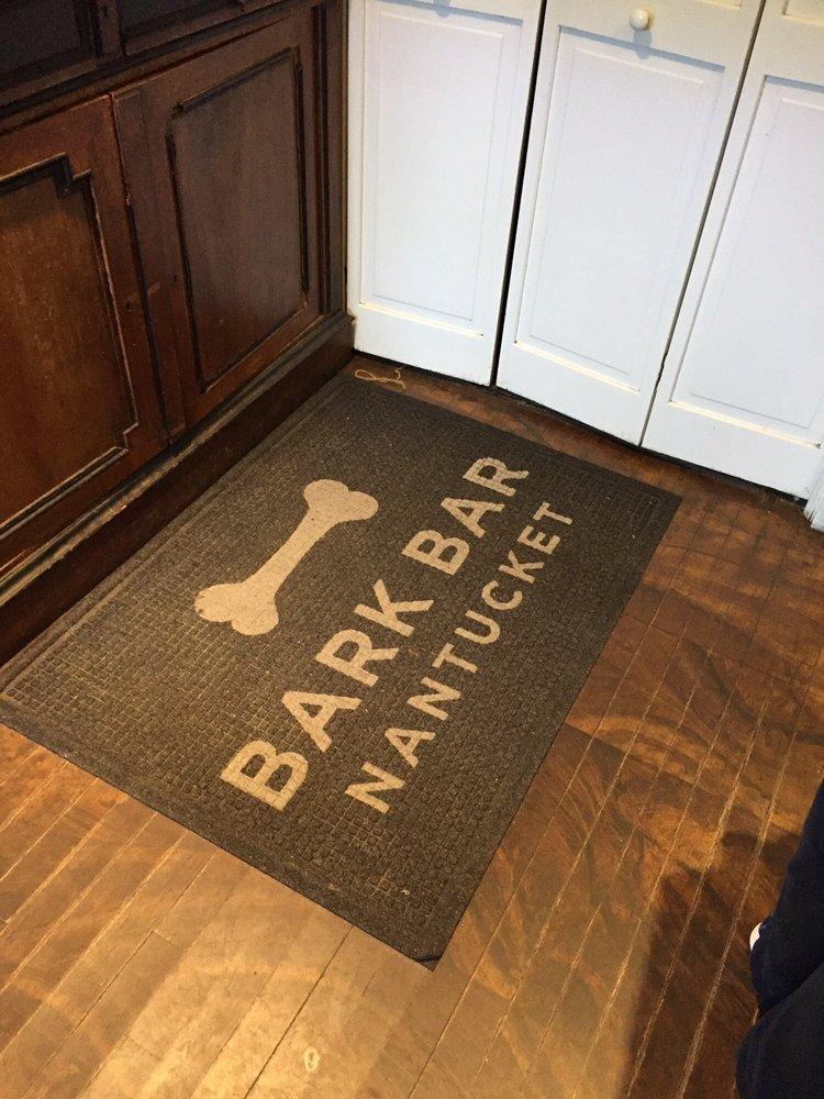 Handlebar Cafe: 15 Washington St, Nantucket, MA