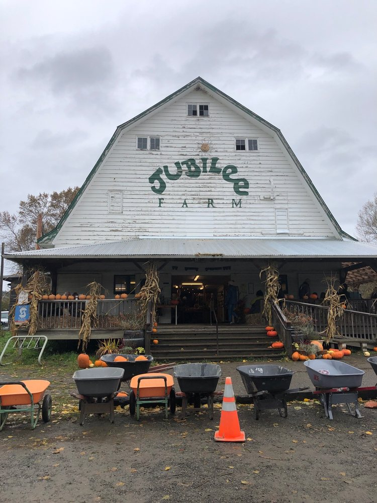 Jubilee Farm: 229 W Snoqualmie River Rd NE, Carnation, WA