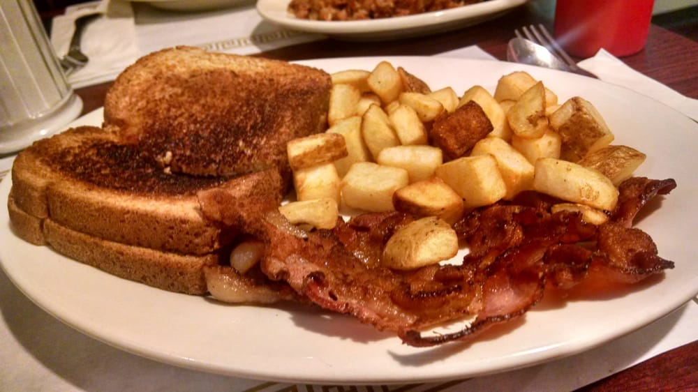 Pops Diner: 85 Main St, Canaan, CT