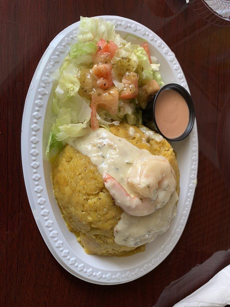 Las Casitas Grill: Carrereta 744 35, Guayama, PR