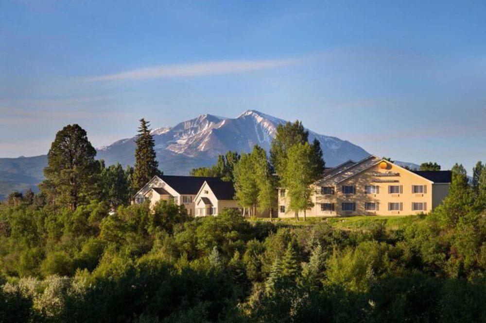 Comfort Inn & Suites: 920 Cowen Dr, Carbondale, CO