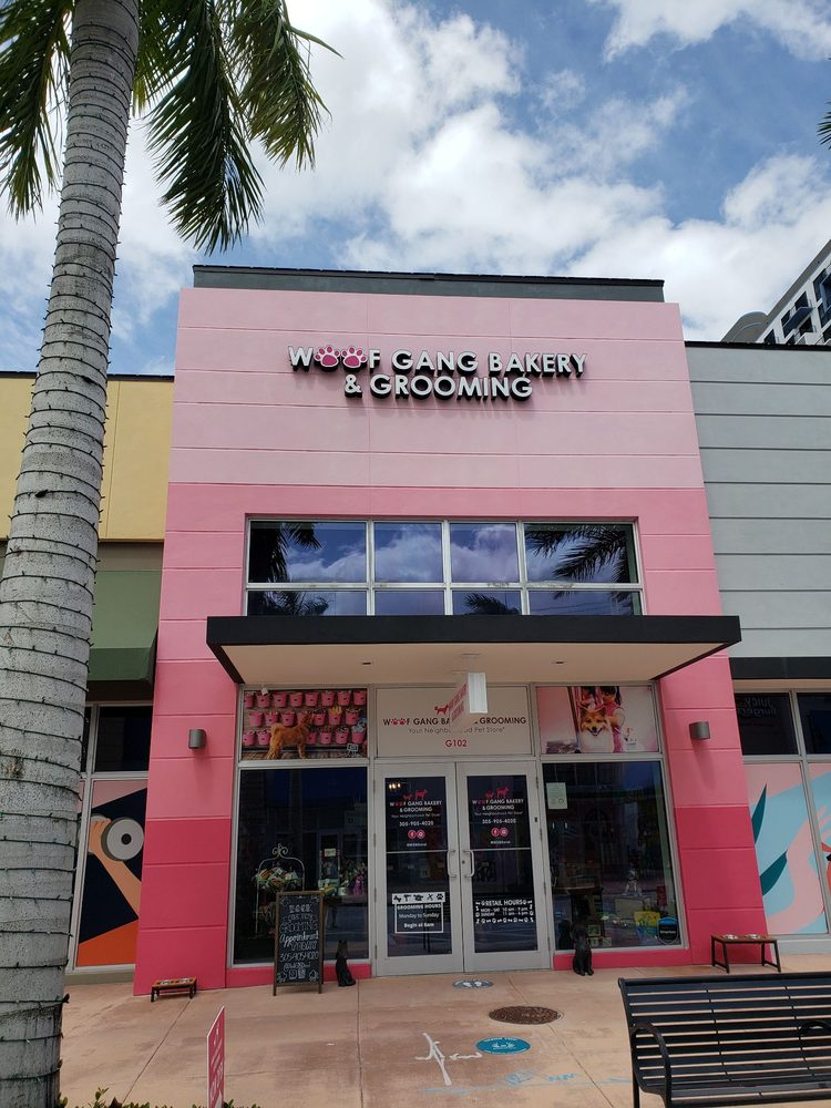 Woof Gang Bakery & Grooming: 8455 NW 53rd St, Doral, FL