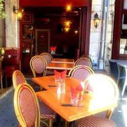 L\'Auberge des Canuts - 13 Photos - French - 8 place Saint-Jean ...
