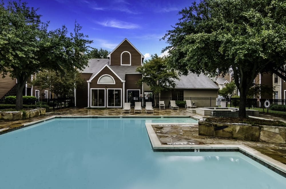 Seacrest Apartments Offers Stylish 1 2 And 3 Bedroom Apartments In Garland Texas Great