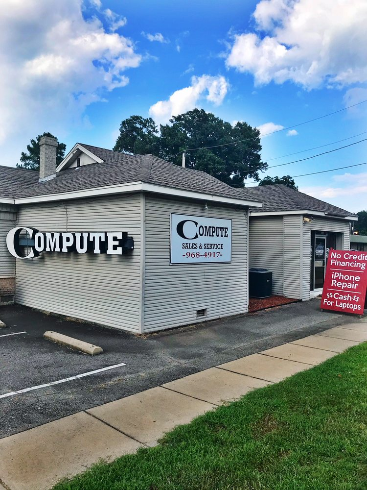 Compute: 125 E 4th St, Russellville, AR