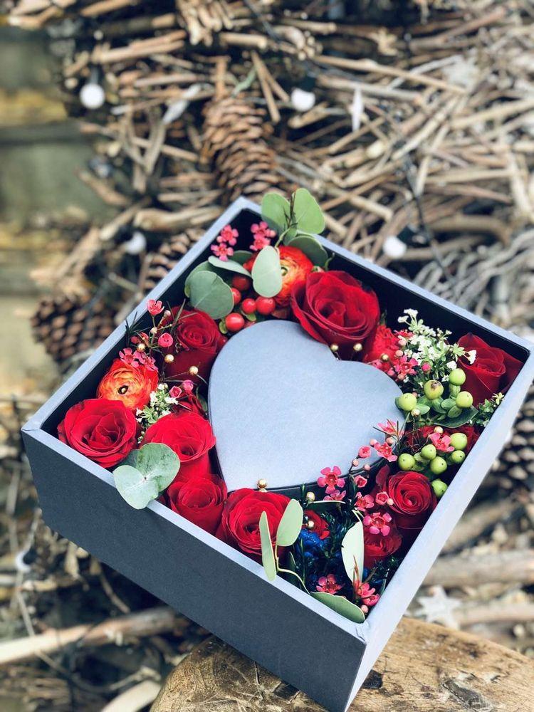 Summer Breeze Flowers & Gifts: 9700 Medlock Bridge Rd, Johns Creek, GA