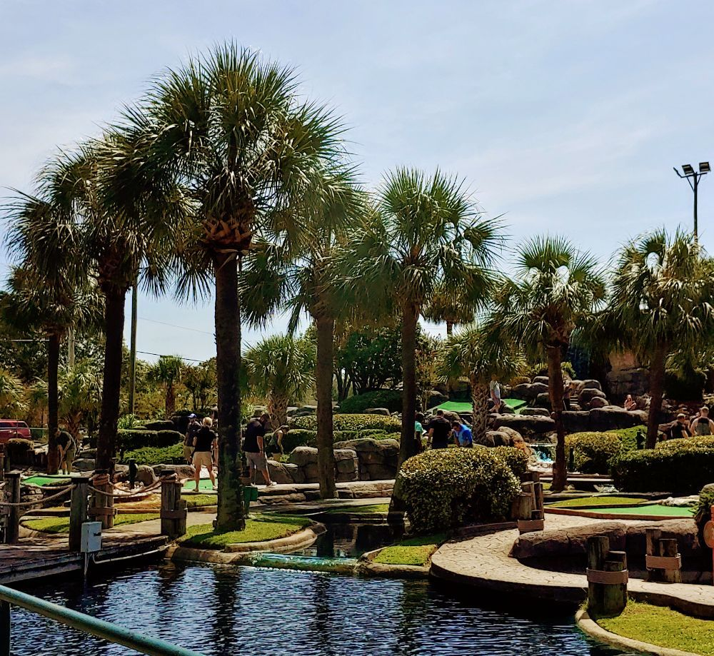 Gilligan\'s Island Funland - 14 Photos & 10 Reviews - Mini Golf ...