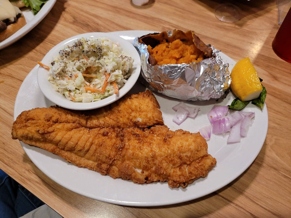 Diamond Shoals Restaurant And Seafood market: 46843 Nc Hwy 12, Buxton, NC