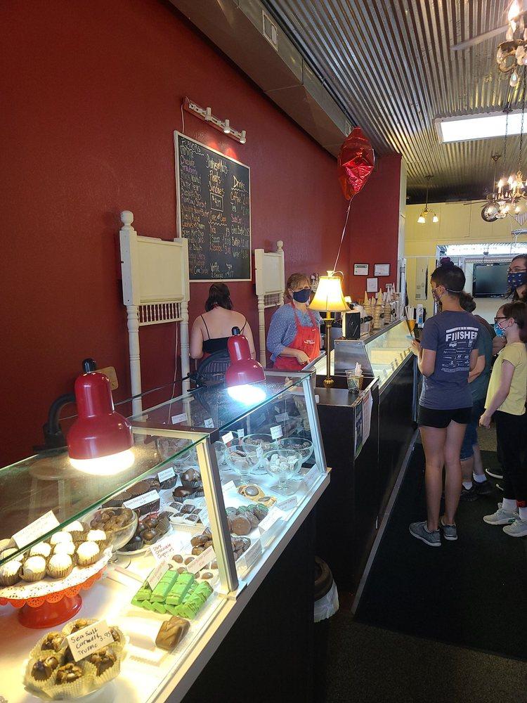 Nellie's Sweet Shoppe