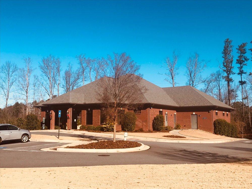 Brookstone Animal Hospital: 5410 Brookstone Dr NW, Acworth, GA