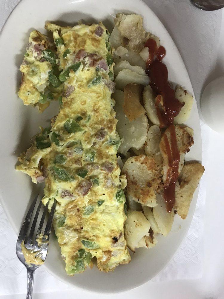 Beacon Wood's Restaurant: 12362 US Hwy 19, Hudson, FL