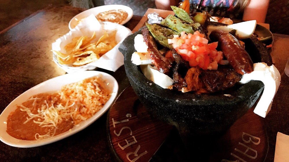 El Capitan Seafood and Mexican Grill: 327 Main St, Hobart, IN