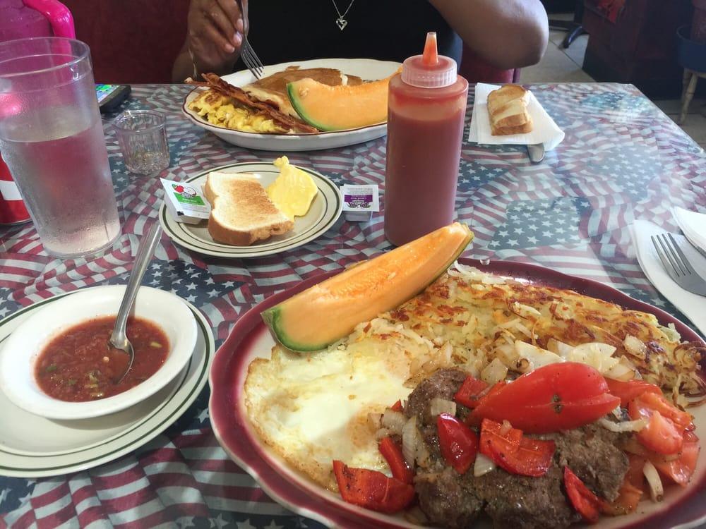 Tina's Diner