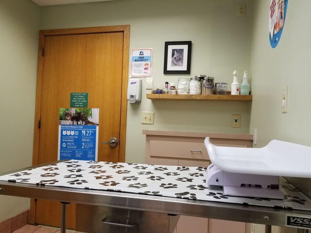 VCA Cromwell Animal Hospital