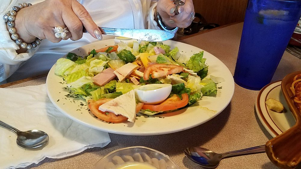 Two Sisters Restaurant: 522 1st St W, Milan, IL
