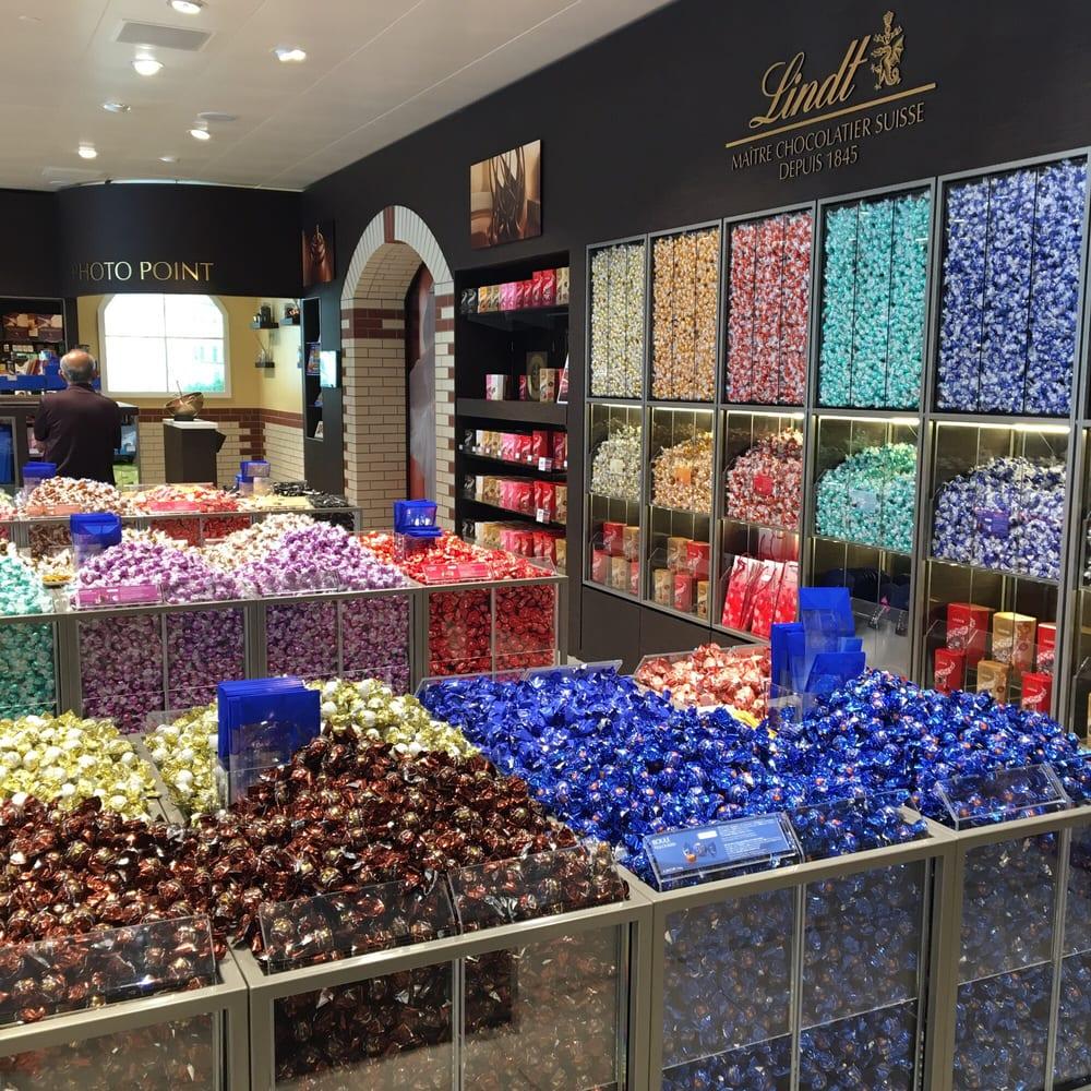 Lindt Factory Outlet - Chocolate & Chocolatiers - Pilgerweg 58 ...