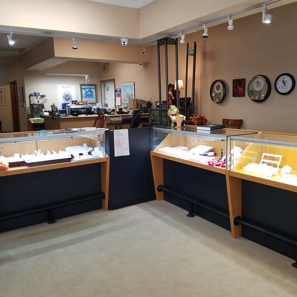 Hastings Jewelers: 354 S Indiana St, Mooresville, IN