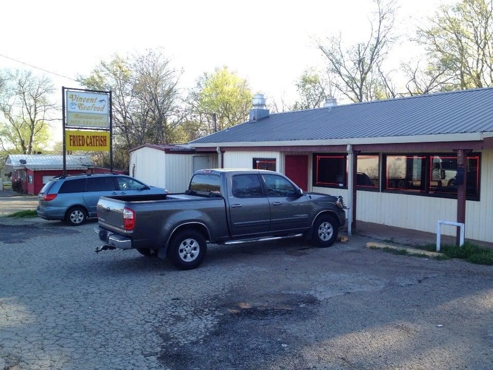 Vincent Seafood: 503 N Jackson St, Jacksonville, TX