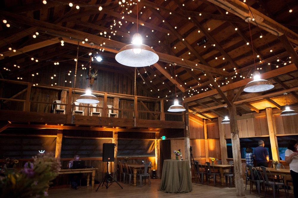 Farm Stay Inn: 18601 Van Zandt Resort Rd, Philo, CA
