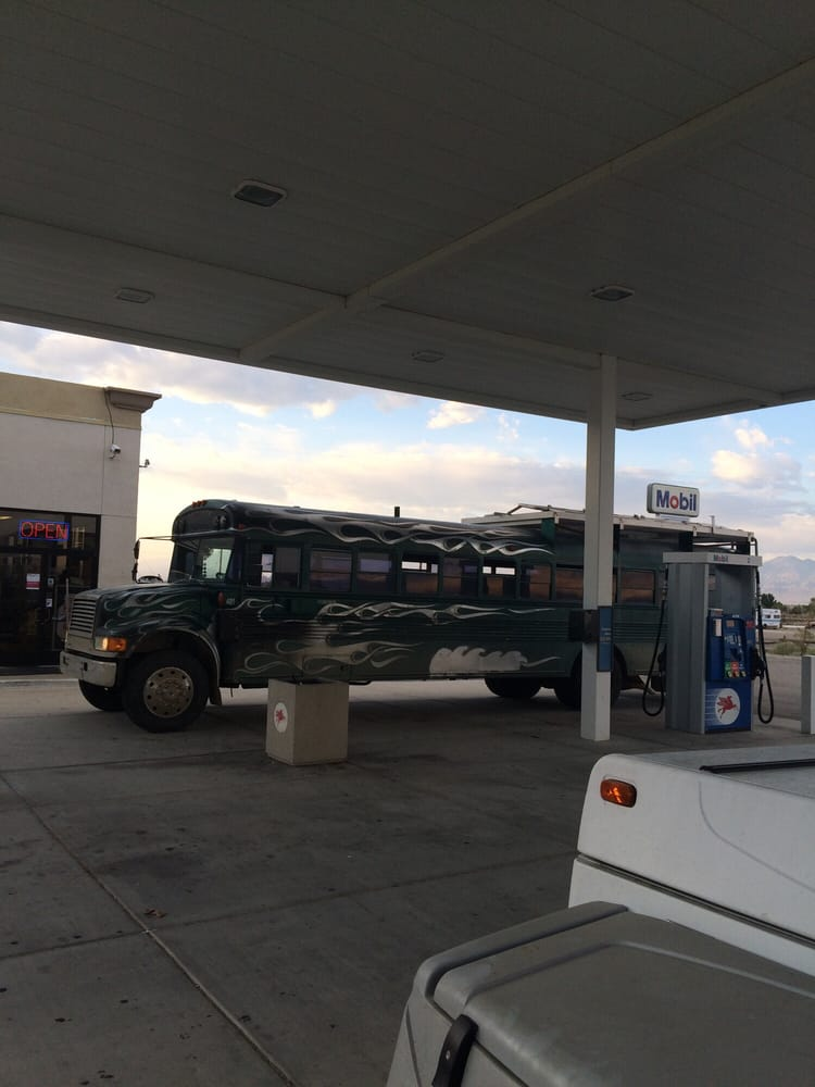 Mobil: 105 Hwy 395, Olancha, CA