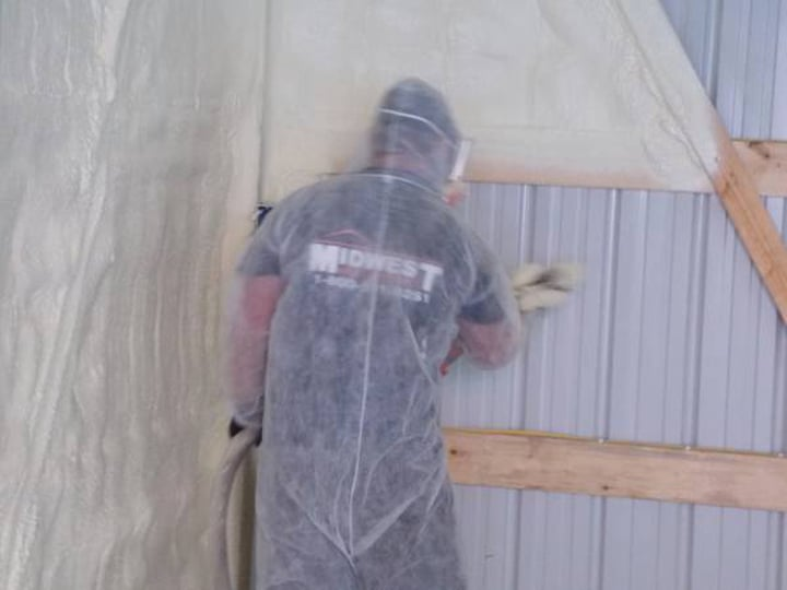 Midwest Roofing & Construction, LLC: 1836 115th Ave, Aledo, IL