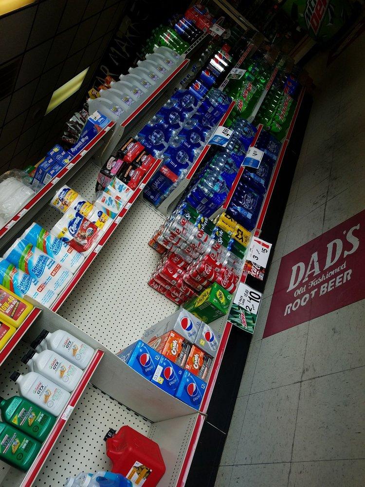 Five Star Market and Deli Grocer: 1000 Clarkrange Monterey Hwy, Clarkrange, TN