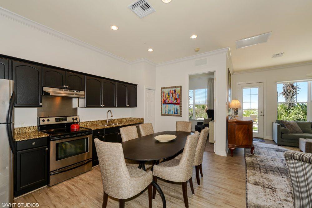 Gulfside Resorts: 810 Gulf Blvd, Indian Rocks Beach, FL