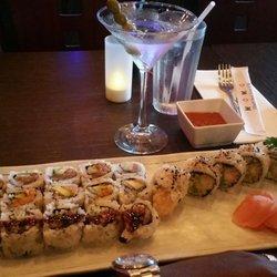 Momo Hibachi Steak House Bar
