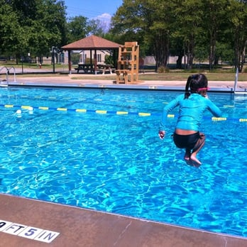 Thomas pool swimming pools 1300 james pkwy college - Swimming pools in college station tx ...