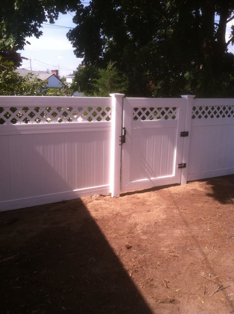 Affordable Fence Installation Companies Near Bradford Ri