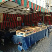 Marche Des Antiquaires Du Sablon 36 Photos Flea Markets Car