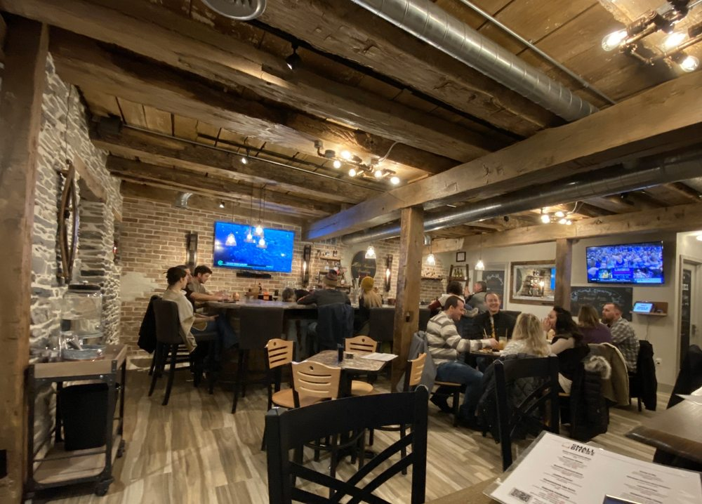 Old Repubilc Distillery Tavern Ephrata: 3 Dutchland Ave, Ephrata, PA
