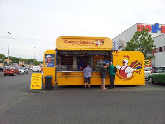 gaumenschmaus h hnchengrill food trucks goerzallee 197 steglitz berlin germany phone. Black Bedroom Furniture Sets. Home Design Ideas
